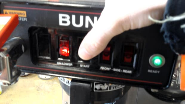 how-to-keep-bunn-coffee-maker-pot-from-overflowing-or-not-filling-up-far-enough-by-adjusting-the-water-level-