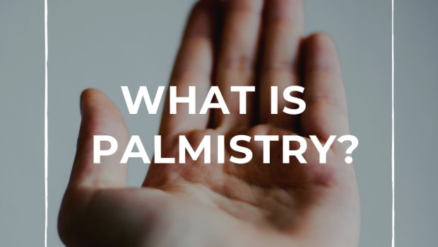 palmistry-what-do-your-hands-say-about-you