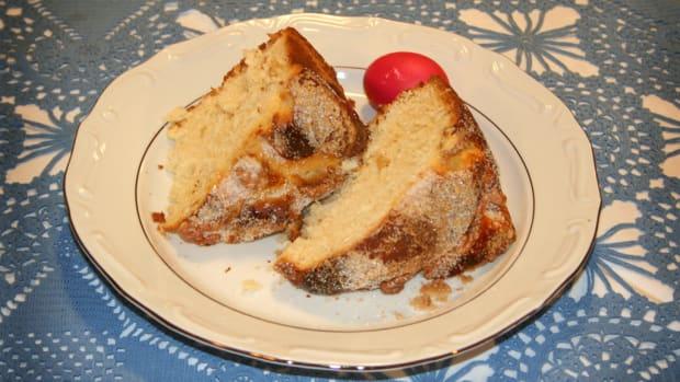 how-to-make-croatian-easter-bread-sirnica-seer-nit-za