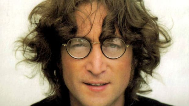 astrological-profiles-of-john-lennon-and-paul-mccartney-of-the-beatles