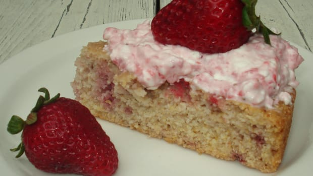 strawberry-cake-native-american-style