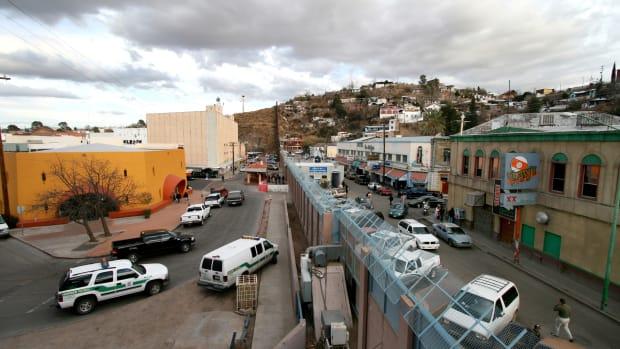 summary-and-epitome-of-borderlands-la-frontera-the-new-mestiza-by-gloria-anzaldua