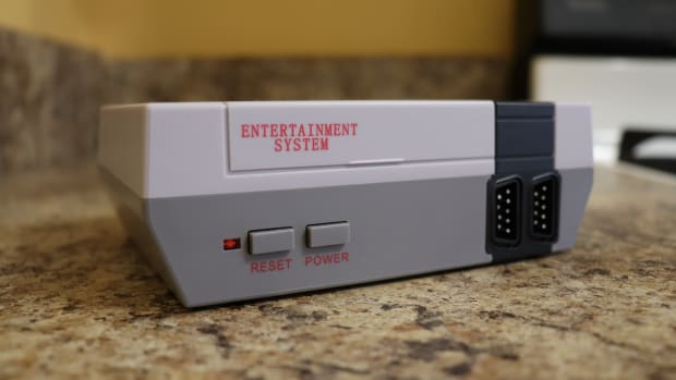 they-shipped-me-a-bootleg-nintendo-classic-nes