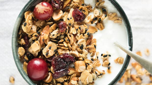 8-foods-to-eat-before-bedtime