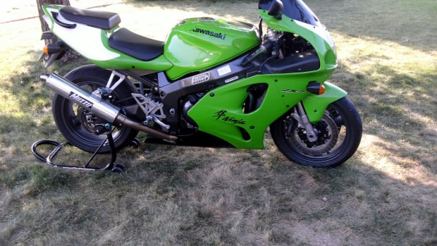 how-to-change-brake-pads-on-a-kawasaki-ninja