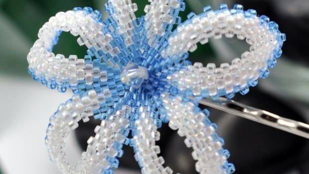 beaded-beadwoven-flowers-jewelry-projects-components-patterns-and-tutorials
