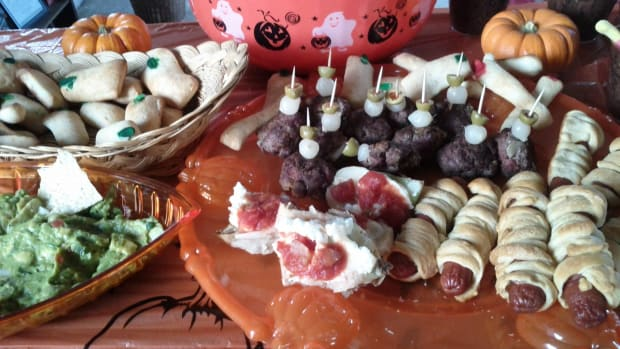 frightfully-delicious-foods-for-halloween-parties
