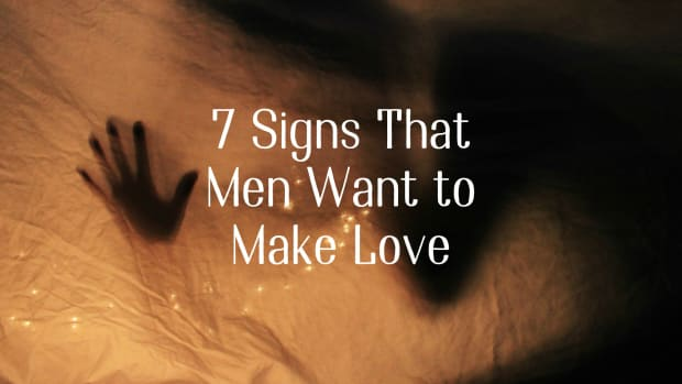 7-signs-that-men-want-to-make-love