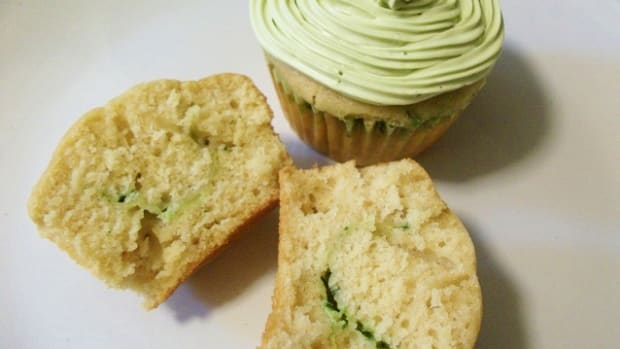 vegetable_desserts_spinach_cupcake