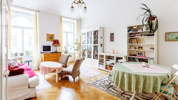 how-to-painlessly-declutter-your-home-and-stay-organized