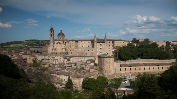 places-to-visit-in-italy-urbino