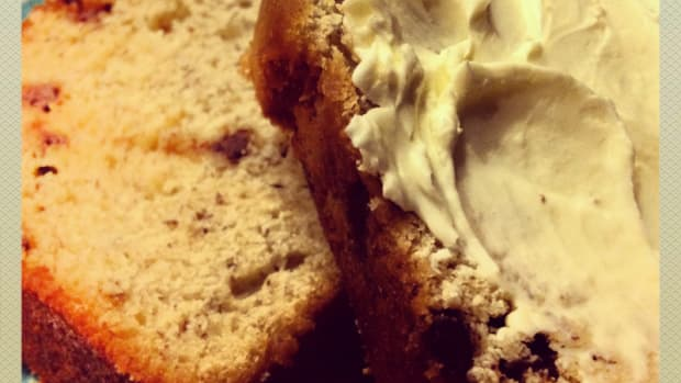 classic-banana-bread-with-chocolate-chips