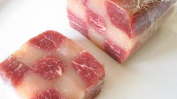 meat-glue-what-it-is-and-what-you-should-know