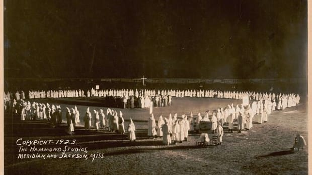 expos-of-the-kkk-in-the-1920s