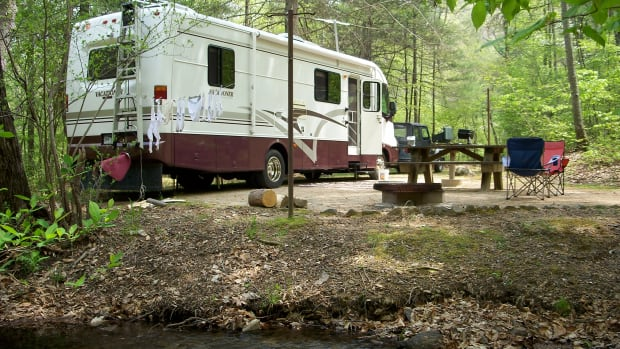 full-time-rving-downsize-your-home