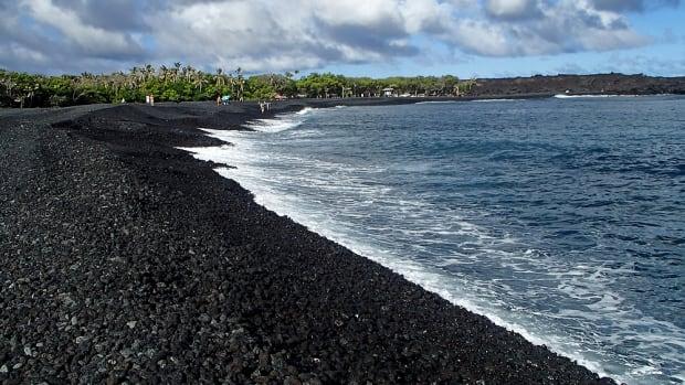 hidden-hawaii-isaac-hale-beach-park-in-pohoiki-on-the-big-island