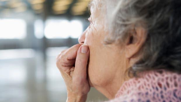 senior-citizen-food-assistance-programs