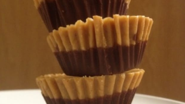 homemade-dark-chocolate-candy-reeses-peanut-butter-cups