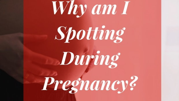 bloody-shows-mucous-plugs-pregnancy-bleeding-discharge