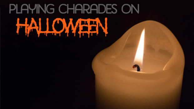 how-to-play-halloween-charades