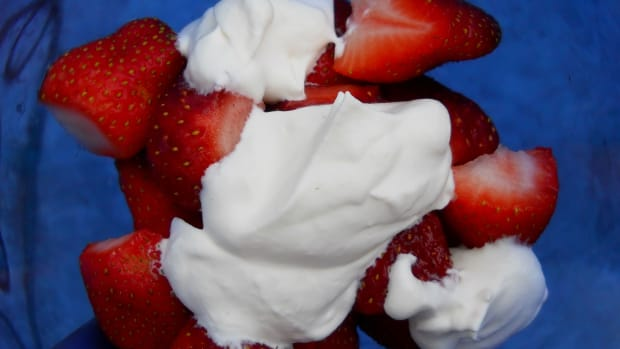 a-recipe-for-making-whipped-cream-at-home