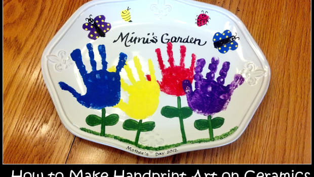 how-to-make-handprint-art-on-ceramics