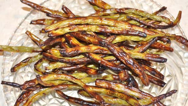 vegan-dehydrated-green-bean-crisps
