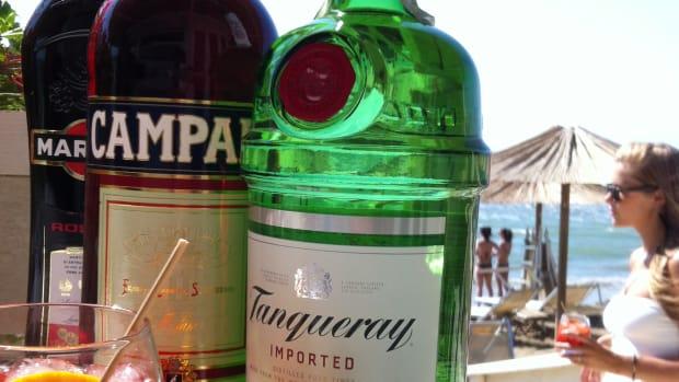 famous-bartender-recipes-negroni