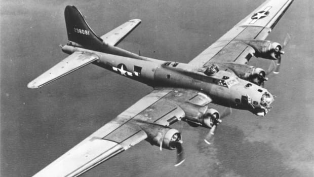 about-world-war-2-the-messerschmidt-and-the-crippled-b-17-flying-fortress