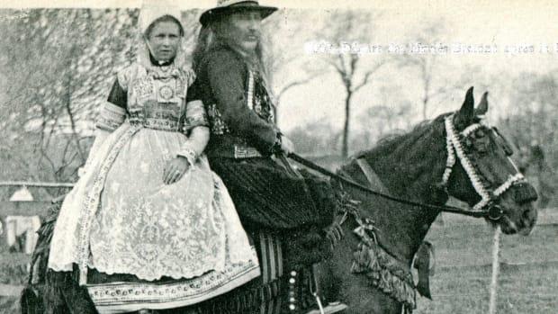 the-side-saddle