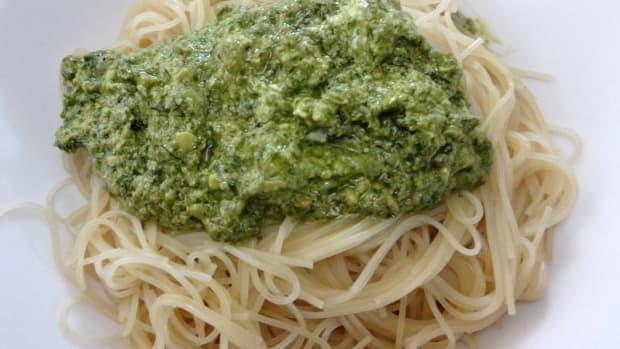 pesto-sauce-ingredients