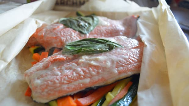 how-to-cook-salmon-in-a-paperchef-parchment-bag