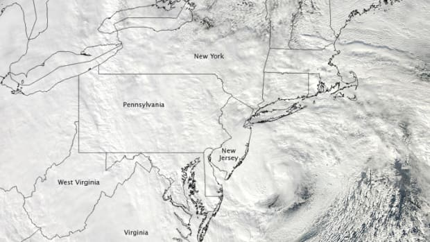 in-the-path-of-super-storm-hurricane-sandy
