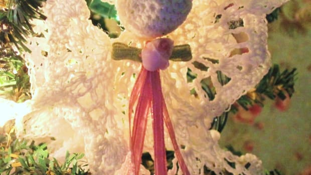 free-crochet-pattern-angel-christmas-ornament