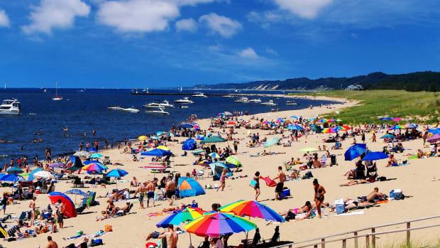 oval-beach-my-fun-summer-job