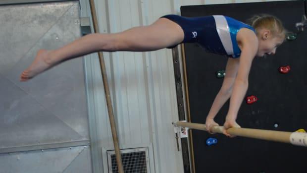 10-skills-every-gymnast-should-know