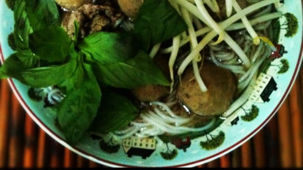 thai-beef-noodle-soup-street-food-recipe