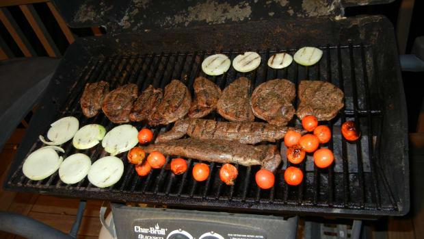 how-to-cook-deer-preparing-venison-meat