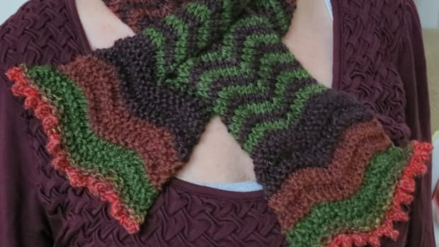 free-knitting-pattern-blooming-colors-scarflet