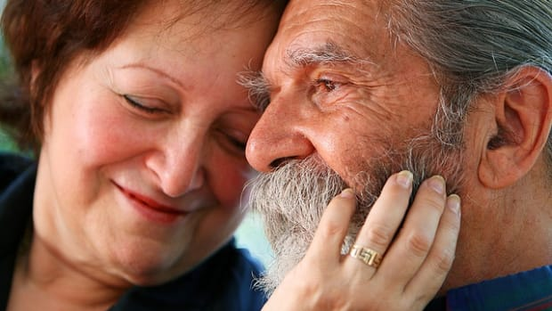 romance-tips-for-older-couples