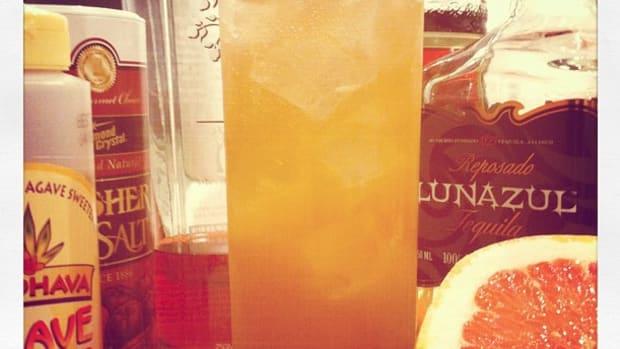 la-paloma-suprema-grapefruit-juice-and-tequila-cocktail-recipe