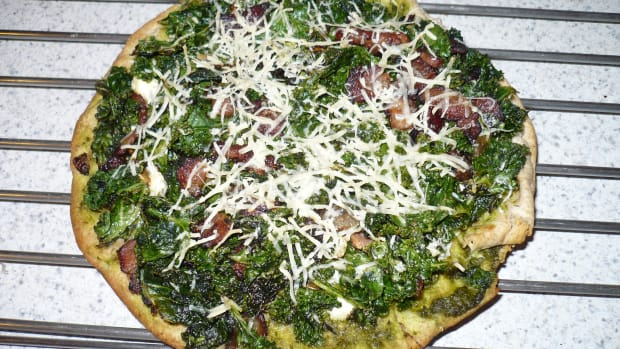diy-easy-healthy-recipe-kale-and-feta-pizza