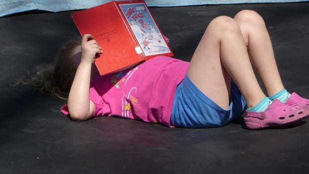 summer-reading-for-the-young-and-old