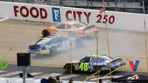 nascar-races-a-look-at-fan-injuries