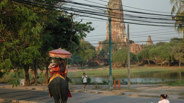 a-thailand-elephant-ride-what-to-wear
