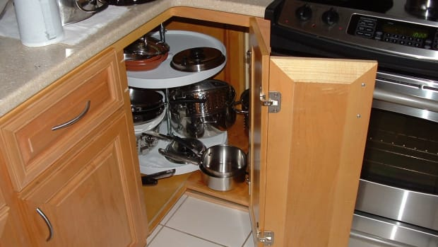 corner-cabinet-solutions-what-are-your-options
