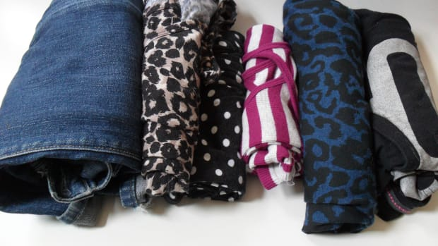 how-to-avoid-wrinkles-when-packing-clothes
