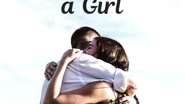 how-to-hug-a-girl-tips-for-shy-guys-to-give-friendly-and-romantic-hugs-to-girls