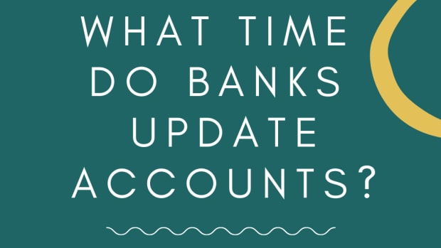 what-time-does-my-money-go-into-my-bank-account-usa