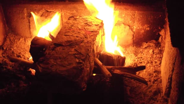 how-i-make-quick-and-easy-newspaper-bricks-for-burning-in-my-fire